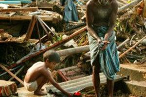 Lo tsunami nel Sudest asiatico nel 2004