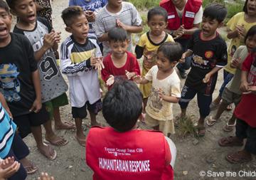 Tsunami in Indonesia: 10 milioni di franchi raccolti